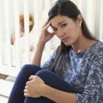Traitement homéopathique contre le baby-blues et autres remèdes naturels.